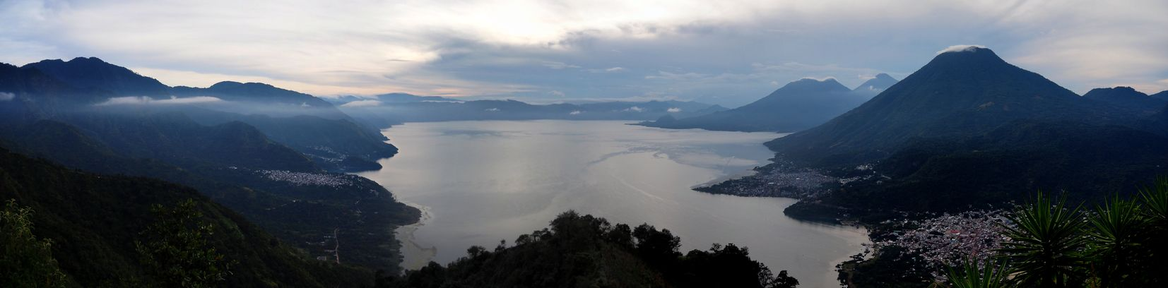 guatemala-20181104-1365-panoramique-lac-atitlan-indian-nose.jpg
