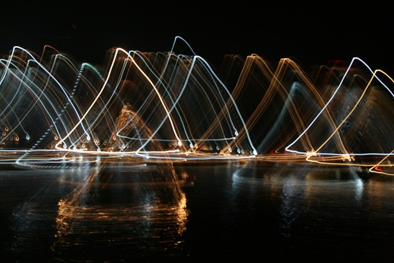 Light painting. Baie d'Halong.